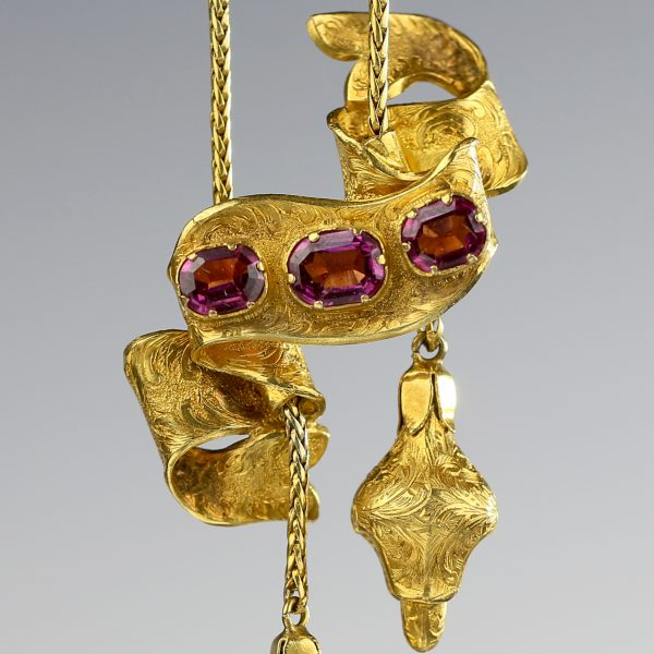 1850s Victorian 18k Gold Repoussé Necklace with Almandine Garnets