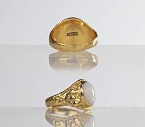 1900s Art Nouveau 14k Gold 2-ct Opal Ring