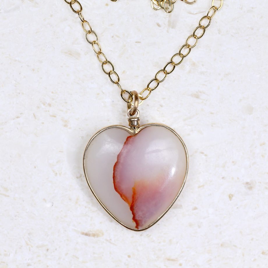 Large Late Victorian Agate Heart Pendant 14k Gold Frame