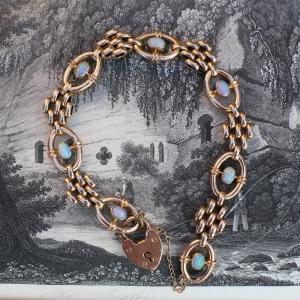 9k Rose Gold Opal Victorian Padlock Bracelet
