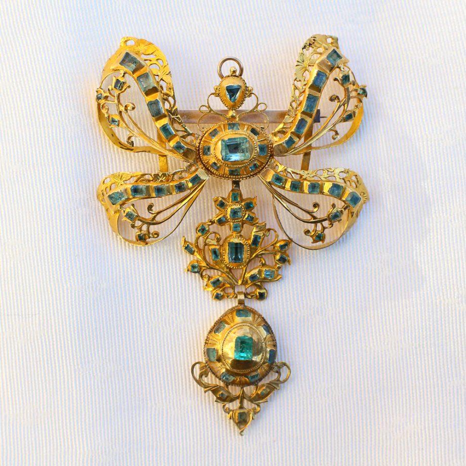 Antique Iberian Emerald Stomacher Pendant