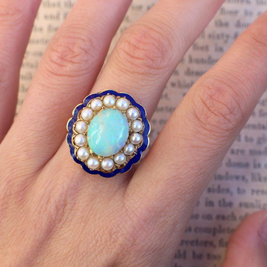 1930-50s Retro 4.5 ct Opal Ring