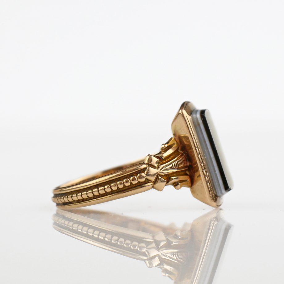 Victorian 14k Chalcedony Signet Ring