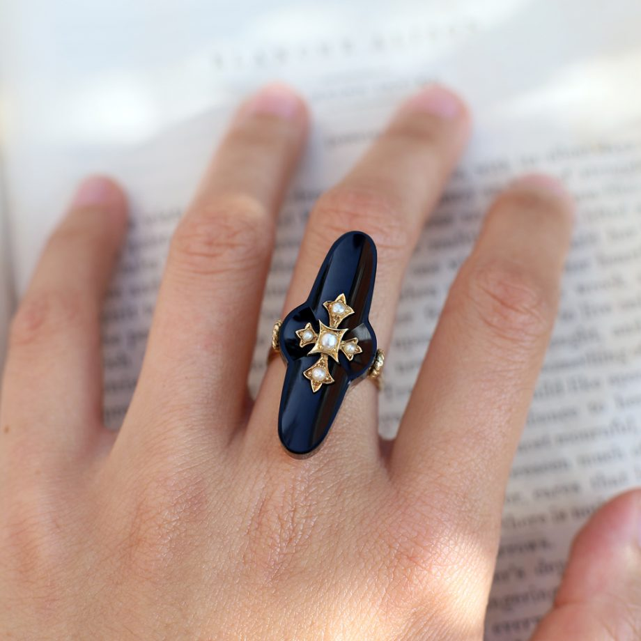 1880s Onyx Victorian Mourning Ring