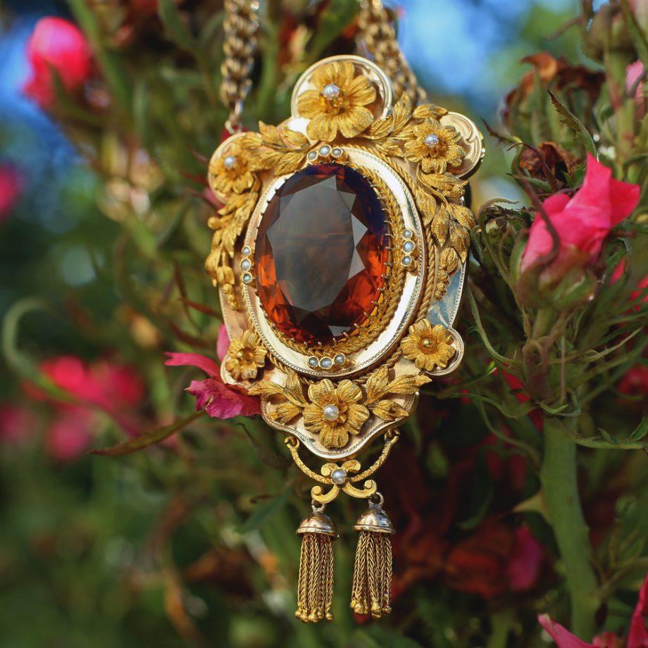Victorian Citrine and Gold Pendant
