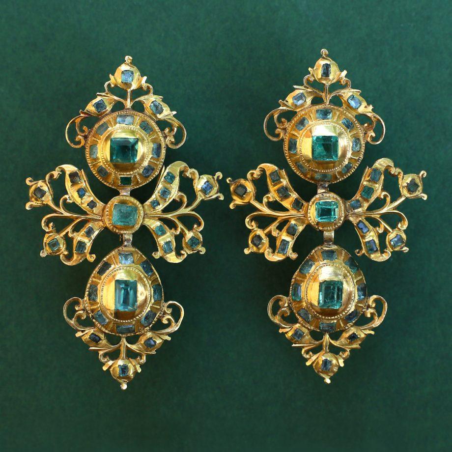 18th century Spanish Emerald Pendeloque Earrings