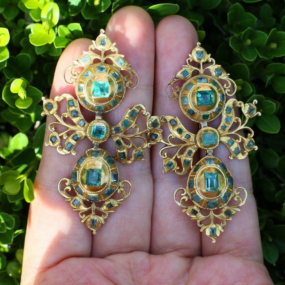 18th century Spanish Emerald Earrings