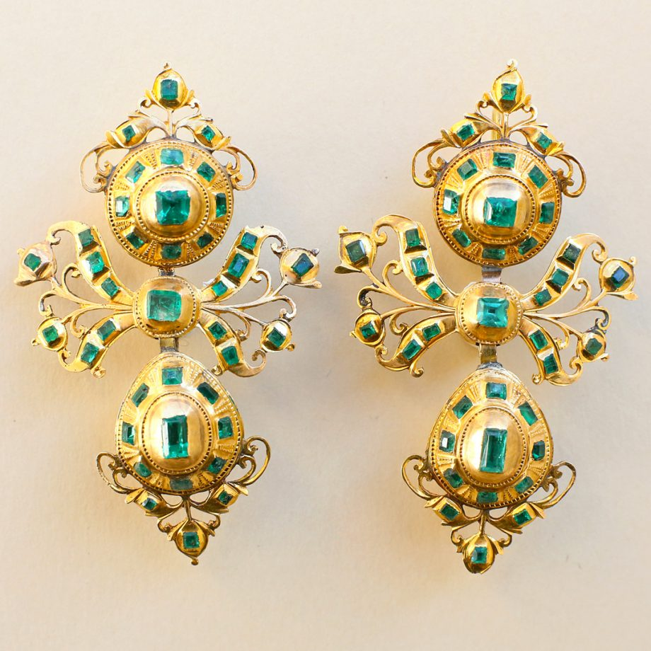 18th c Iberian Spanish Emerald Pendeloque Earrings