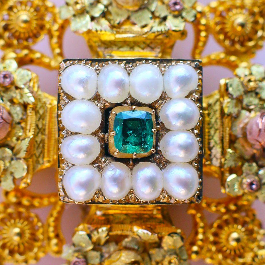 c. 1820s Georgian Maltese Cross Colored Gold Cannetile Emerald Chalcedony