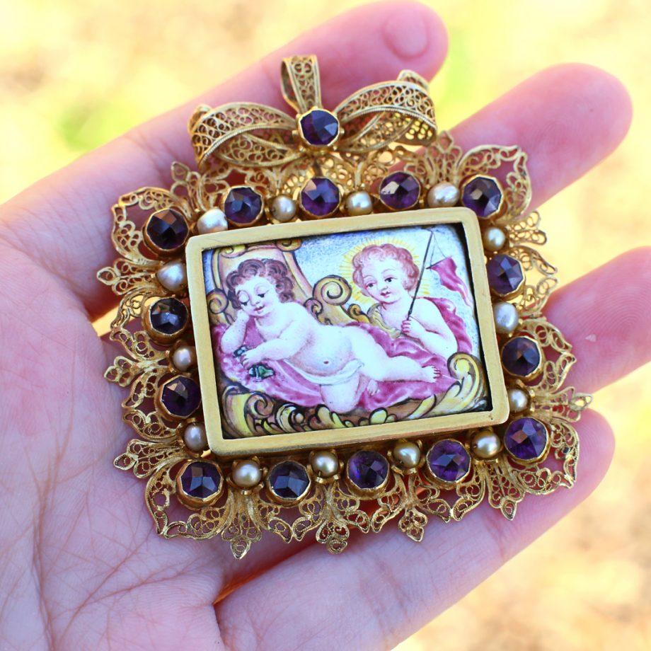 17th century jewelry
