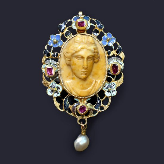 17th century Cameo Pendant of Apollo Belvedere with Table Cut Rubies and Enameled Flowers