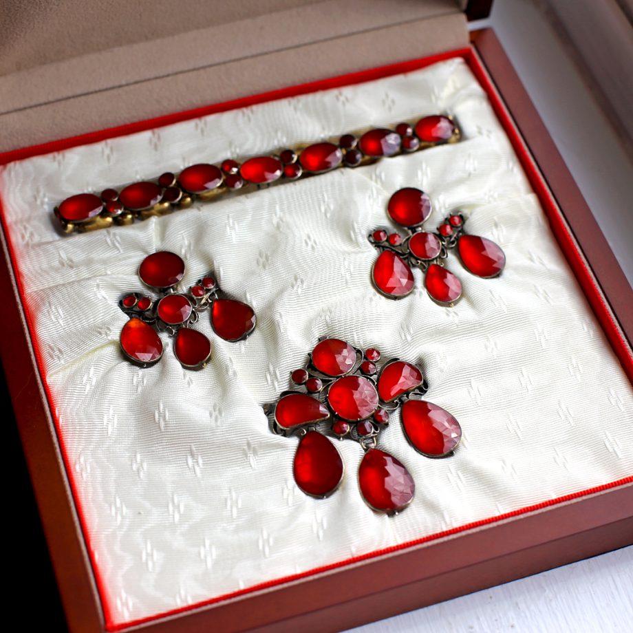 Georgian Girandole Jewelry