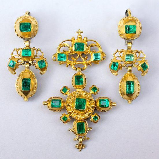 18th century Spanish Emerald Jewelry